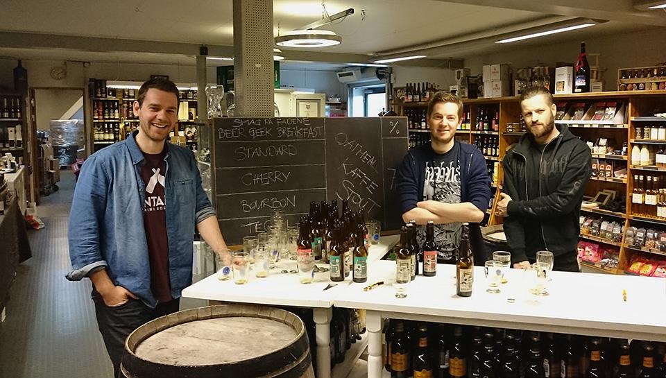 Smag på øllet ølsmagning på voldby købmandsgård med martin kreutzfeldt og martin skou